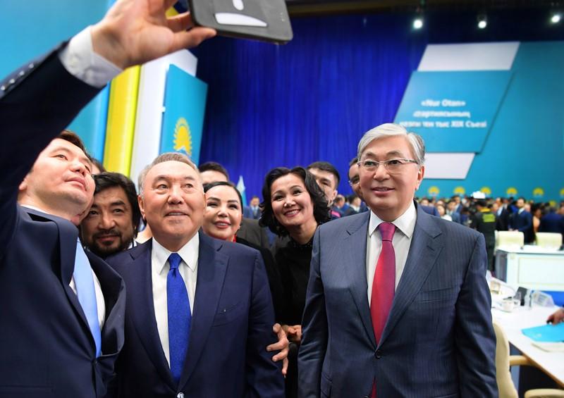Президент Казахстана принял участие в работе XIX внеочередного съезда «Nur Otan»