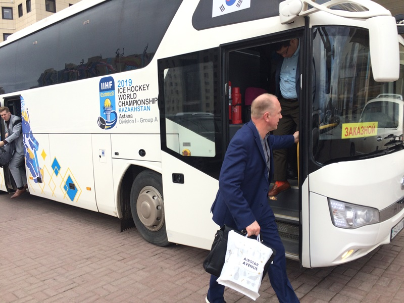 Korean players arrive in Kazakhstan ahead of 2019 IIHF World Ice Hockey Championships
