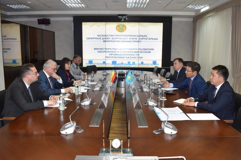 Askar Zhumagaliyev, German Ambassador Tilo Klinner meet in Nur-Sultan