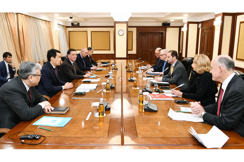 Kazakh PM, foreign diplomats discuss investment climate improvement approaches