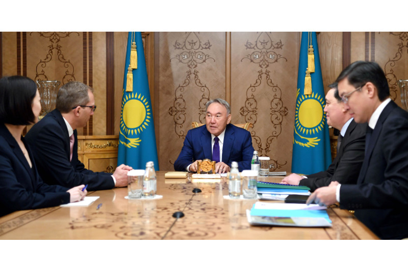 Nazarbayev, Poupart-Lafarge debate investment coop prospects