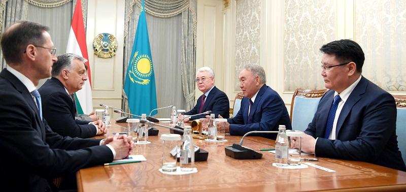 Viktor Orbán invites Nursultan Nazarbayev to Hungary