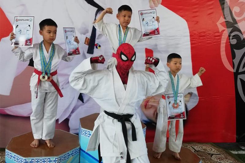 Человек-паук стал символом чемпионата Казахстана по спортивному каратэ
