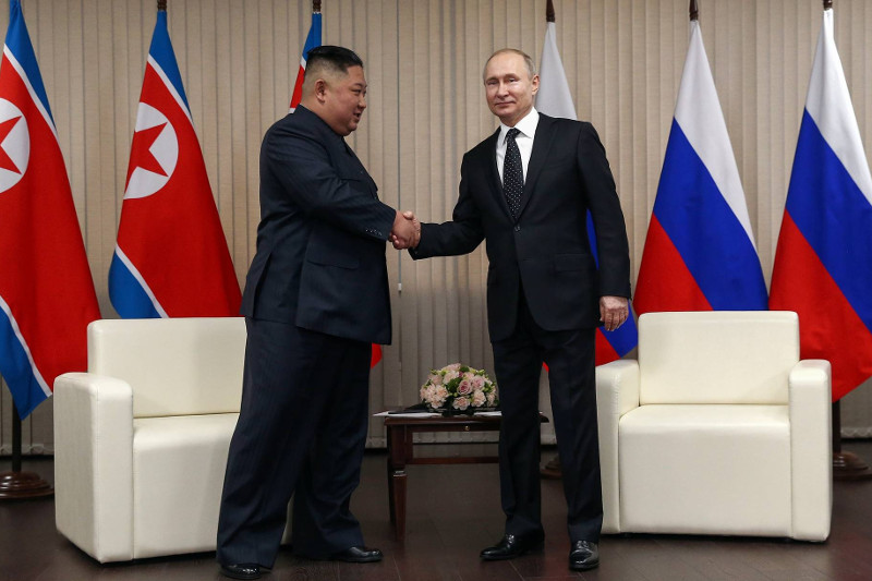 Putin calls for resumption of six-party talks during summit with Kim Jong-un
