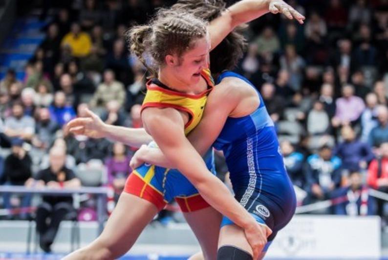 摔跤亚锦赛:哈萨克斯坦代表团荣获2枚奖牌
