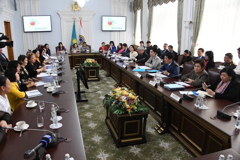 Үкімет делегациясы Алматыдағы жаңа әлеуметтік саясаттың іске асырылуы барысымен танысты
