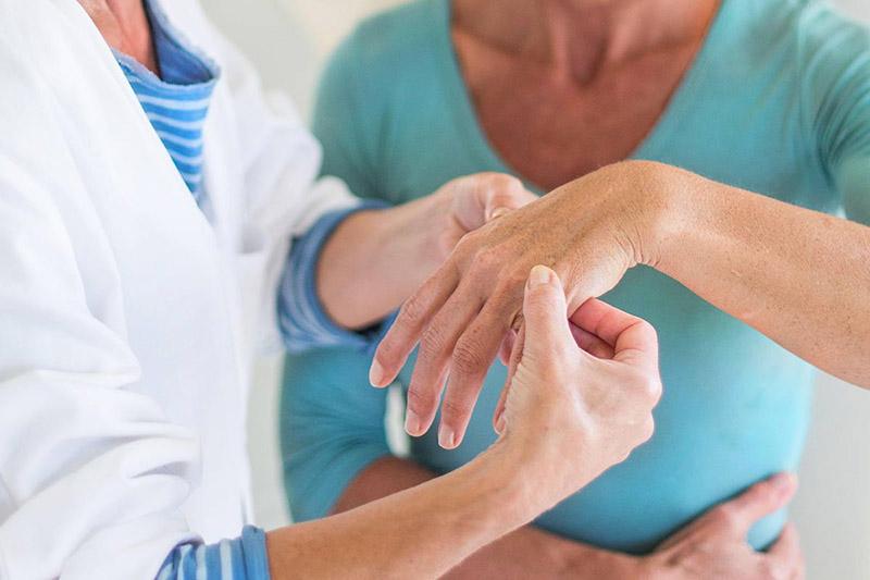 В Казахстане ревматическими заболеваниями чаще страдают женщины