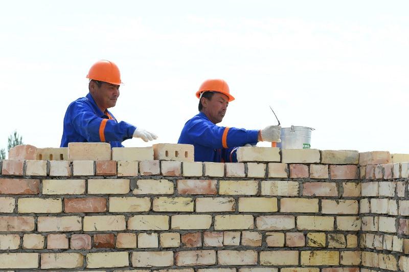 Түркістандағы құрылыс жұмыстары тәулік бойына жүргізілсін - Асқар Мамин