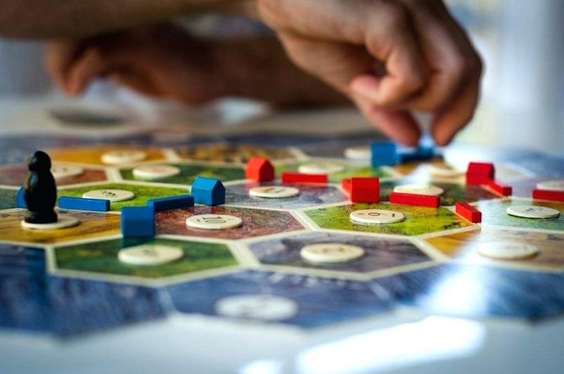 Настольная игра для повышения финансовой грамотности среди молодёжи появится в Казахстане