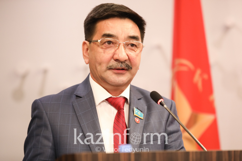 Представлена предвыборная платформа кандидата в Президенты РК Жамбыла Ахметбекова