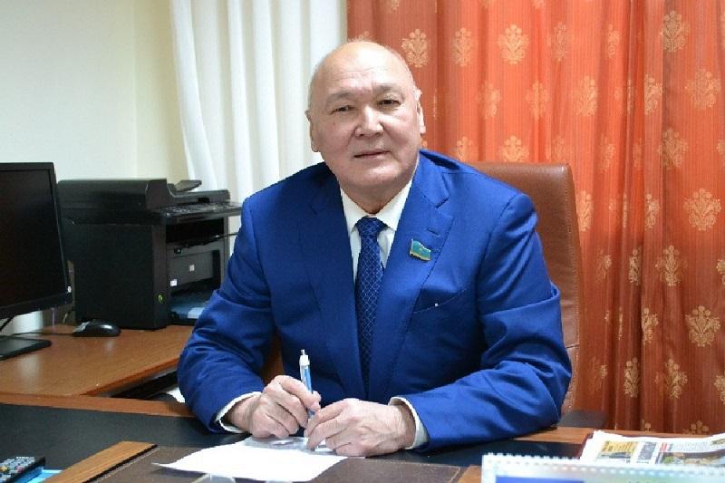 Претендент от ОО «Халық демографиясы» Жуматай Алиев не сдал экзамены на знание госязыка