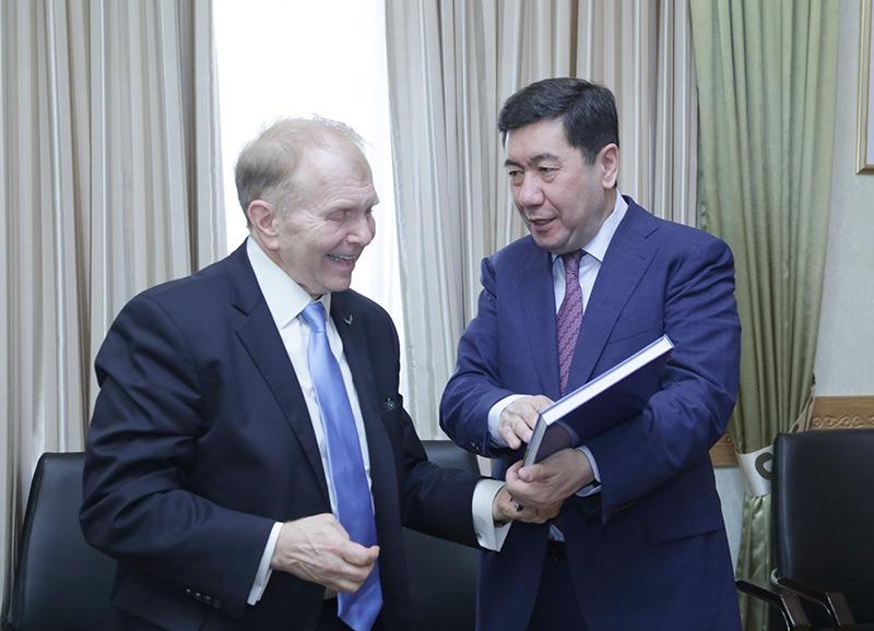 Посол США в Казахстане побывал в Карагандинской области