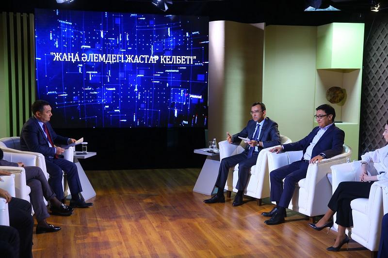 Маулен Ашимбаев: «Nur Otan» ведет системную работу по поддержке молодежи