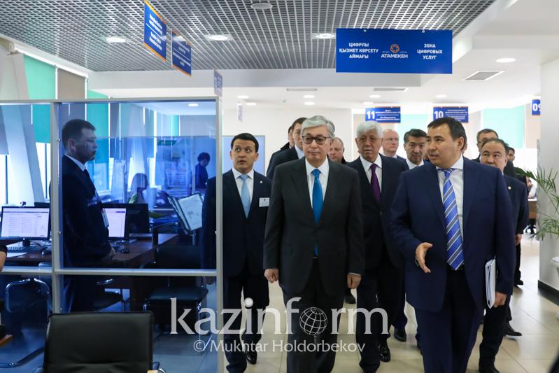 托卡耶夫总统听取阿拉木图州