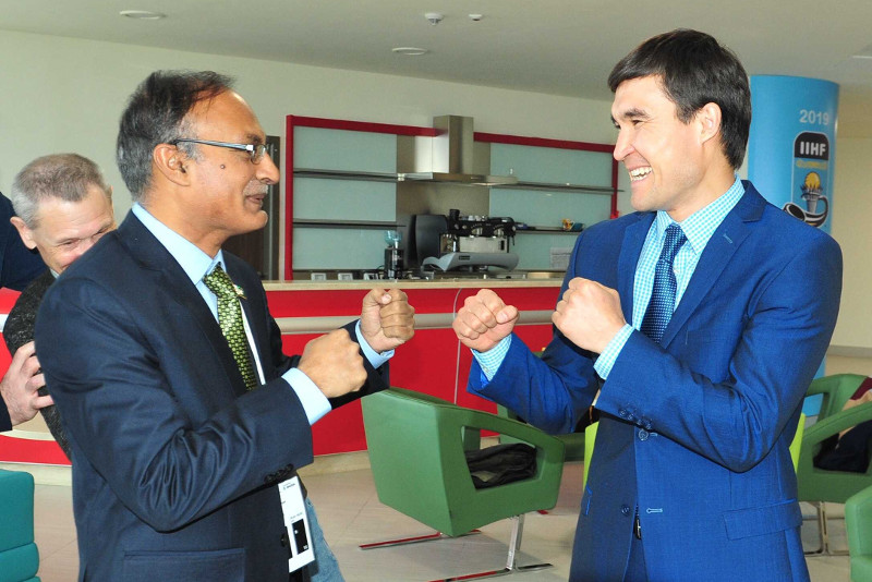 Boxing champion Serik Sapiyev spearheads Kazakhstan's dream to host Summer Olympics