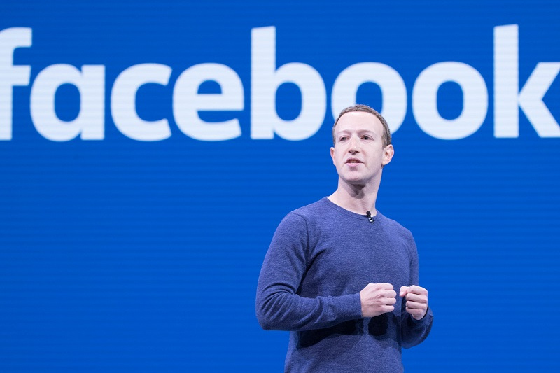 Марк Цукерберг показал новый дизайн Facebook