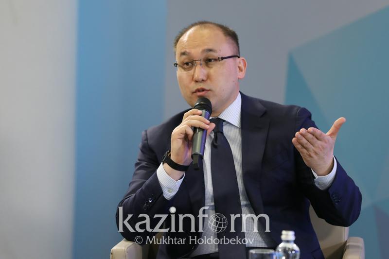 Даурен Абаев прокомментировал предвыборные теледебаты