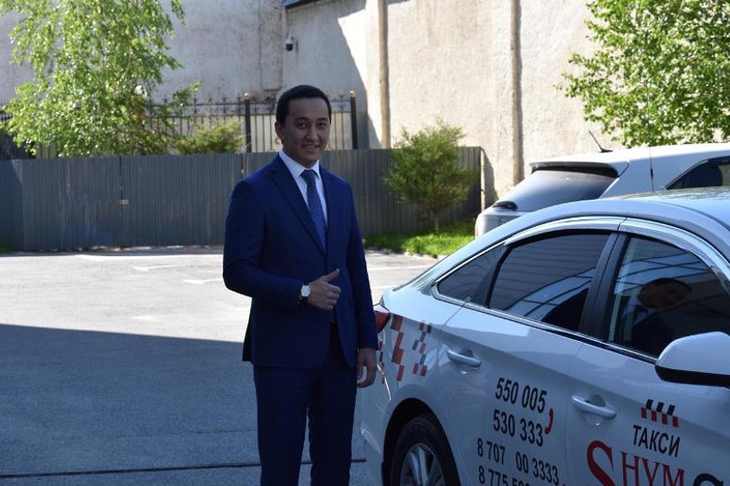 Суды города Шымкента отказались от служебных автомобилей