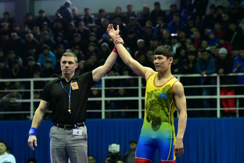 Казахстанский борец стал третьим в мировом рейтинге