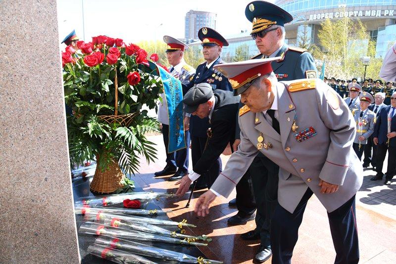 独立至今787名哈萨克斯坦内务人员因公殉职