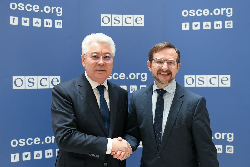 哈萨克斯坦外长会见欧安组织秘书长