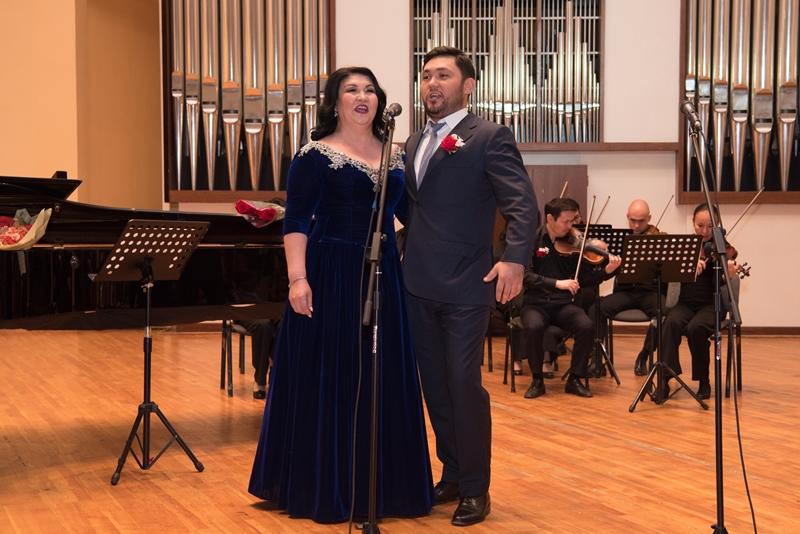 Любимые песни военных лет прозвучали для жителей Алматы