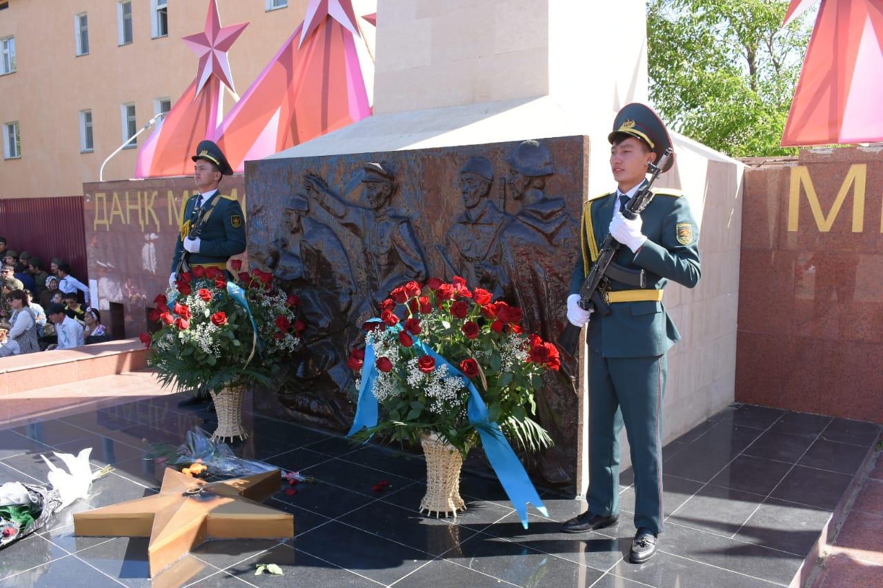 В Туркестане минутой молчания почтили память павших на войне