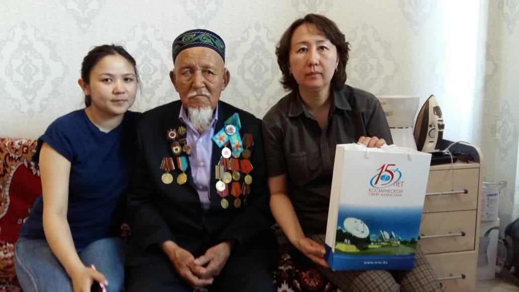 97-летний ветеран дал космическое благословение Казахстану