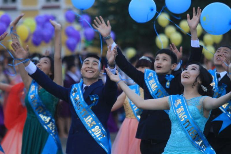 Түлектер кеші: ҚР БҒМ ата-аналарға ұсыныс жасады
