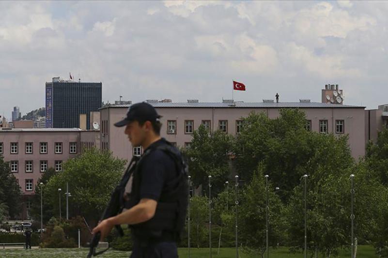 Түркия парламентінде лаңкестер адамдарды кепілге алмақ болған