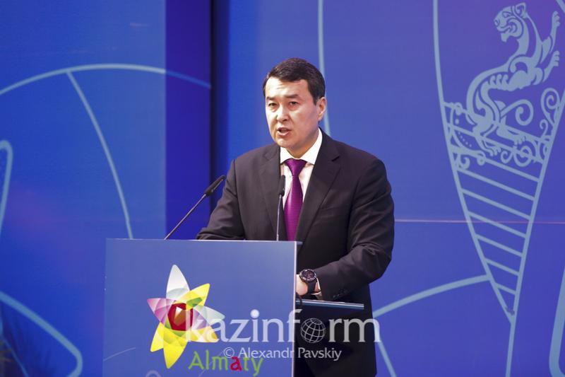 Әлихан Смайылов Қытаймен өнеркәсіптік кооперацияны дамытуды ұсынды
