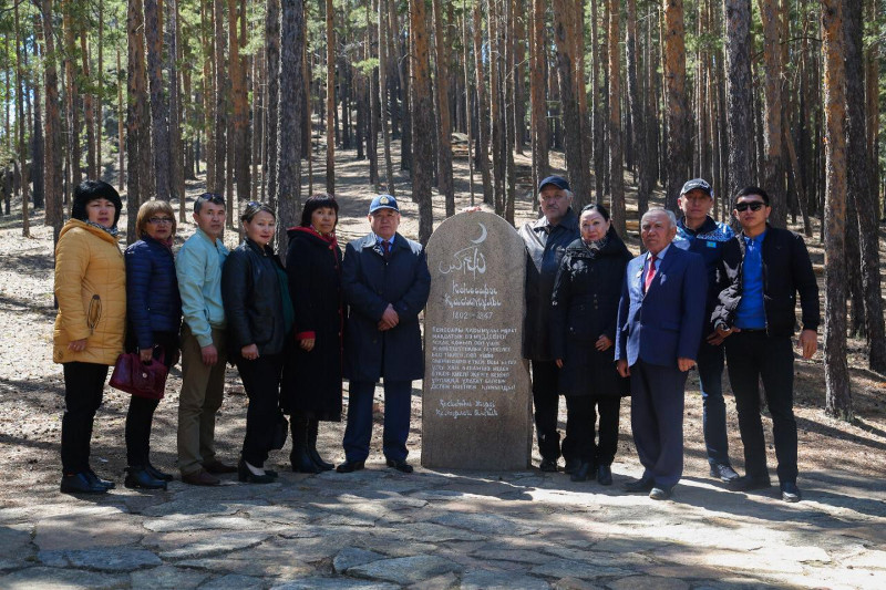 Presidential candidate Tugel meets with cultural workers in Akmola region
