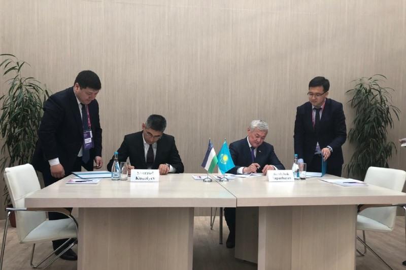 Казахстан и Узбекистан подписали дорожную карту по защите прав трудящихся-мигрантов