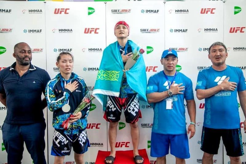 Армейские спортсменки отличились на чемпионате Азии по ММА