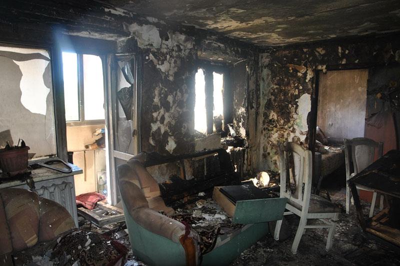 Супругов-пенсионеров спасли из горящей квартиры полицейские Аркалыка