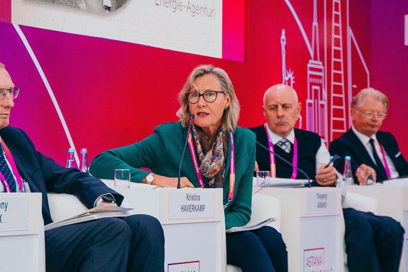 Казахстан не одинок в решении задач по построению «зеленой» экономики - эксперт