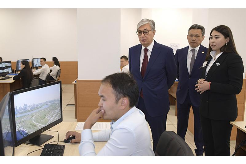 President of Kazakhstan visits IKomek109 center in capital