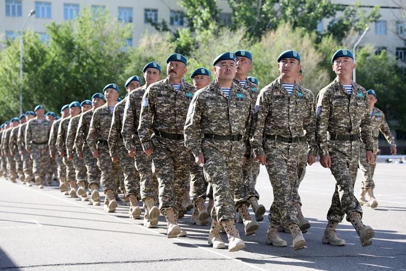 Казахстанские миротворцы вернулись из Ливана