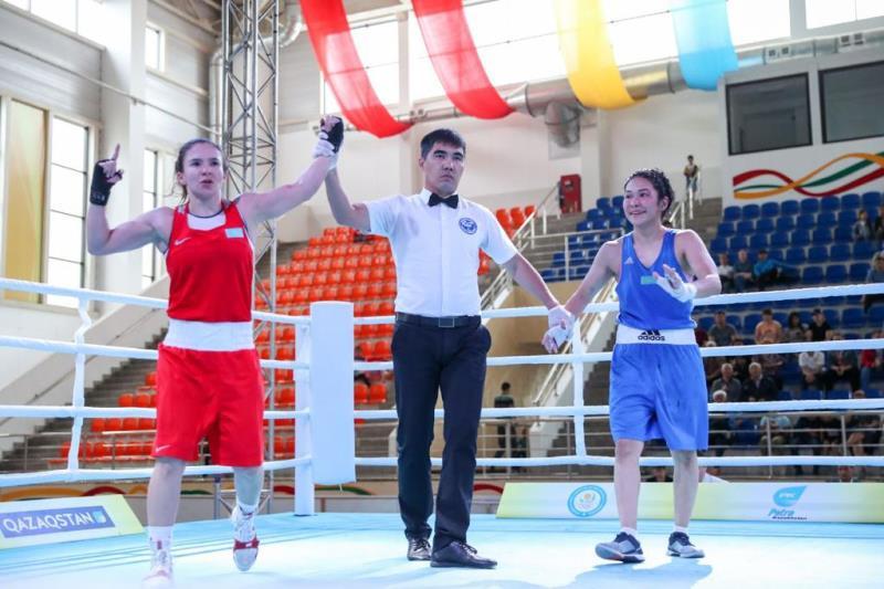 Названы чемпионки спартакиады по женскому боксу