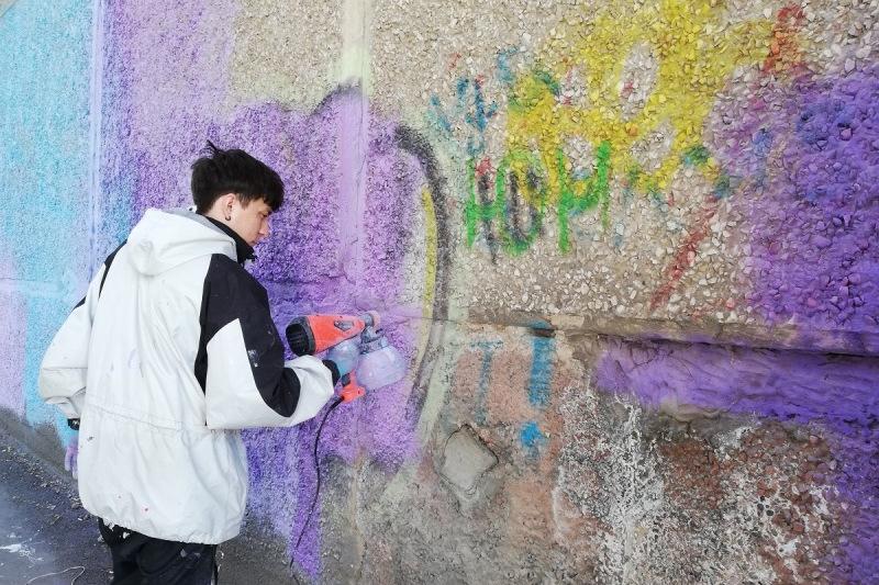 Новый способ борьбы с наркограффити придумали в Петропавловске