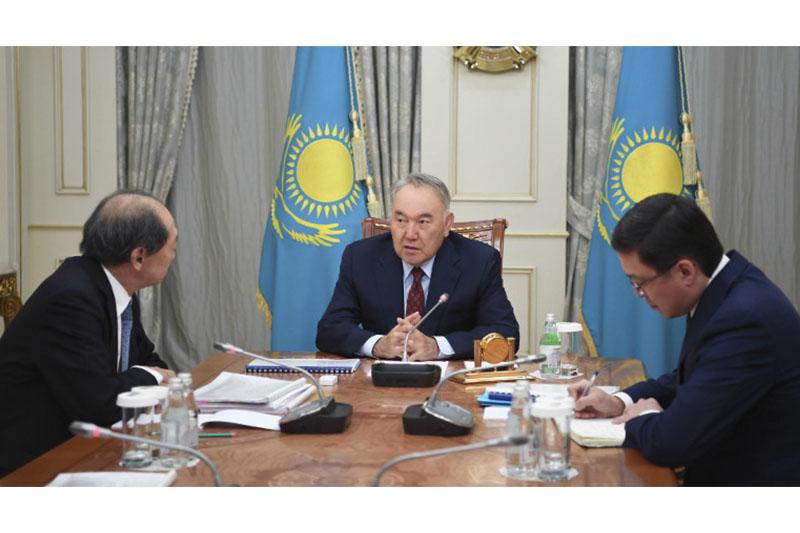 Nursultan Nazarbayev receives Shigeo Katsu