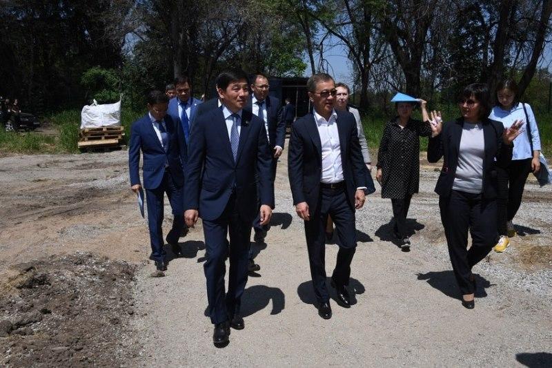 Бауыржан Байбек рассказал о реконструкции Ботанического сада Алматы