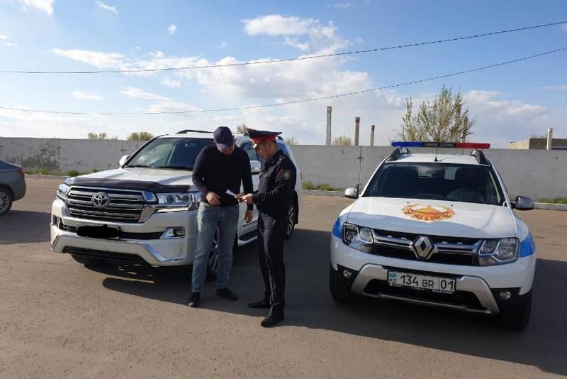 Сотни тысяч тенге взыскала павлодарская полиция с автовладельцев