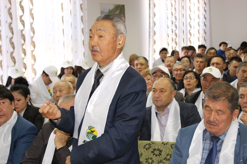 Members of headquarters of candidate Rakhimbekov met with voters in Pavlodar