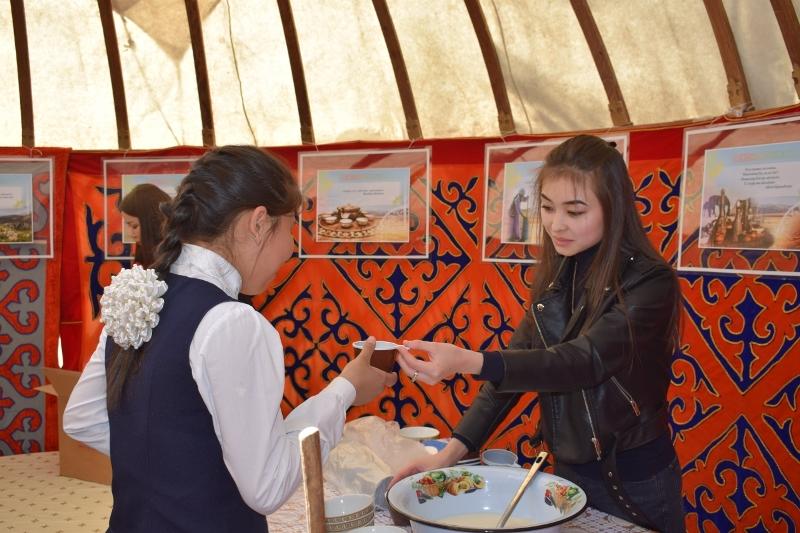 Мастер-класс по взбиванию кумыса прошел в карагандинском областном музее