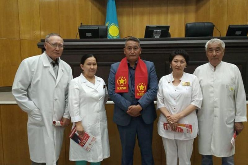 Reps of Kazakhstan's Communist People's Party met with staff of Kyzylorda Regional Health Center