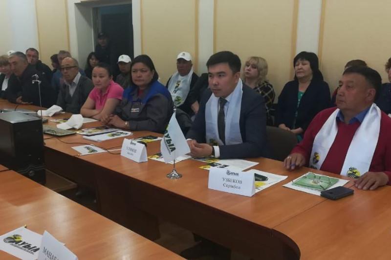Доверенные лица Толеутая Рахимбекова встретились с избирателями в Семее