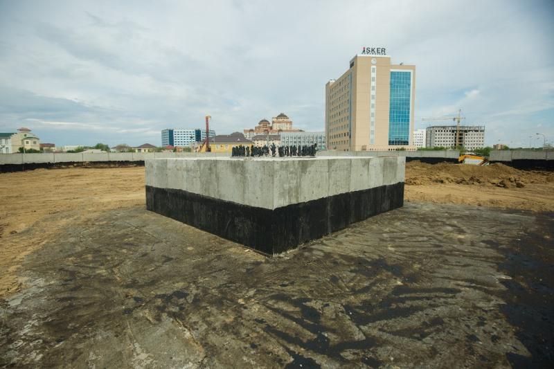 Площадь Государственных символов украсит Атырау