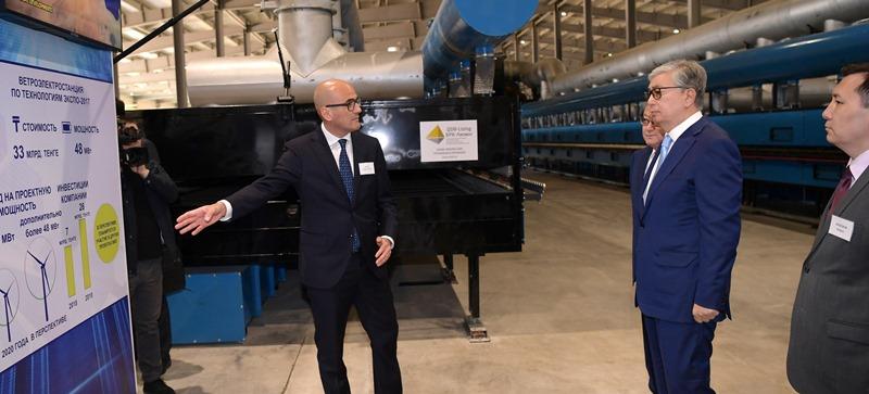 Kazakh President inspects Aktobe Industrial Zone