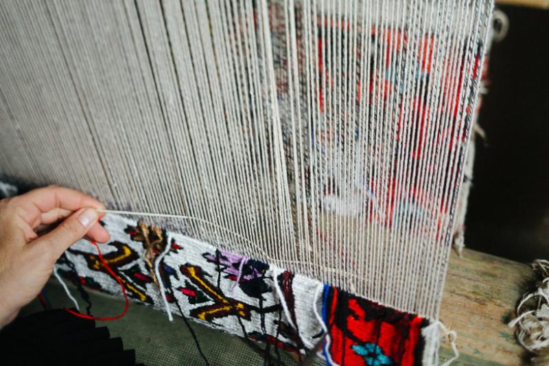 Казахстанская компания ткет ковры для мирового бренда